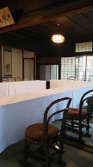 椅子・テーブル2(縮小).jpg